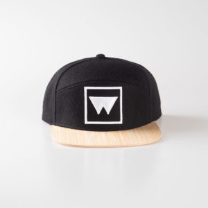 Cappello Snow Black marcato Woodillon