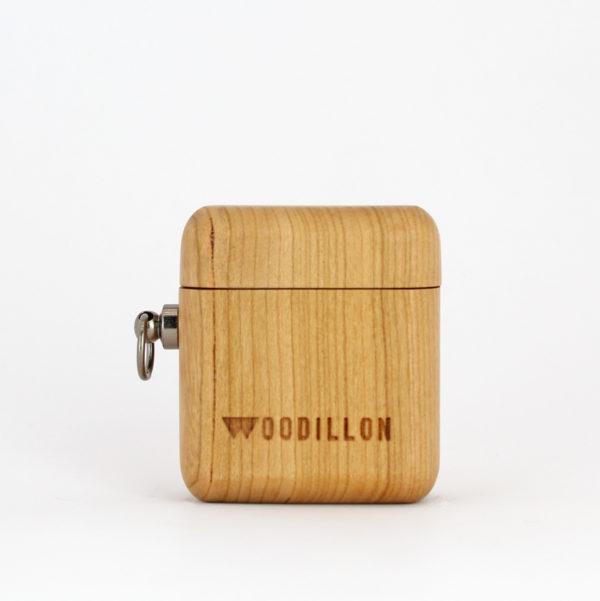Airpods case in legno di ciliegio