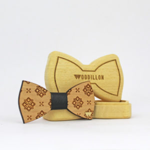 Papillon artigianale Cohen, in legno di ciliegio con nodo in pelle di vitello, marchiato Woodillon