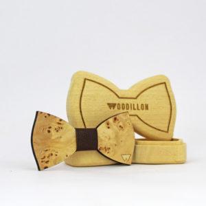 Papillon in legno Roosevelt, radica di pioppo con nodo in pelle di vitello, marcato Woodillon