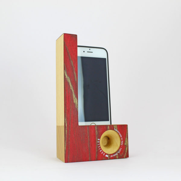 Smartphone station rosso oro by Woodillon