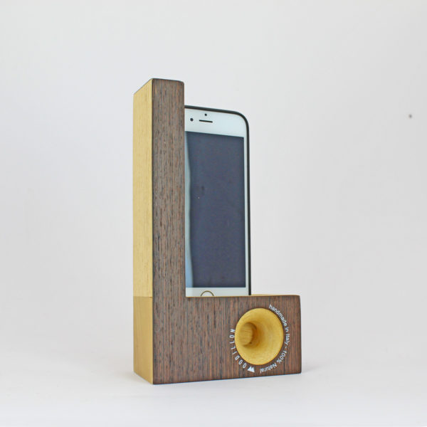 Smartphone station wengè Woodillon